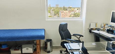 Bariatra clinica sala de exploracion Cancun