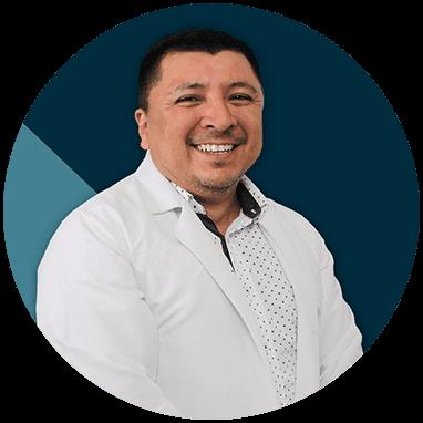 Ortopedista de Cancun sonriendo