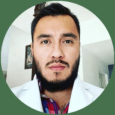 Urólogo de Ciudad Juarez sonriendo