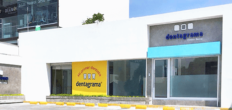 Dentista clinica exterior Monterrey