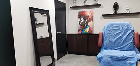 Cirugia Plastica clinica sala de exploracion Piedras Negras